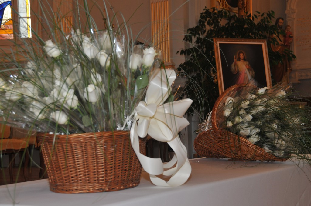 celebration-cimetiere-purification-roses-blanches